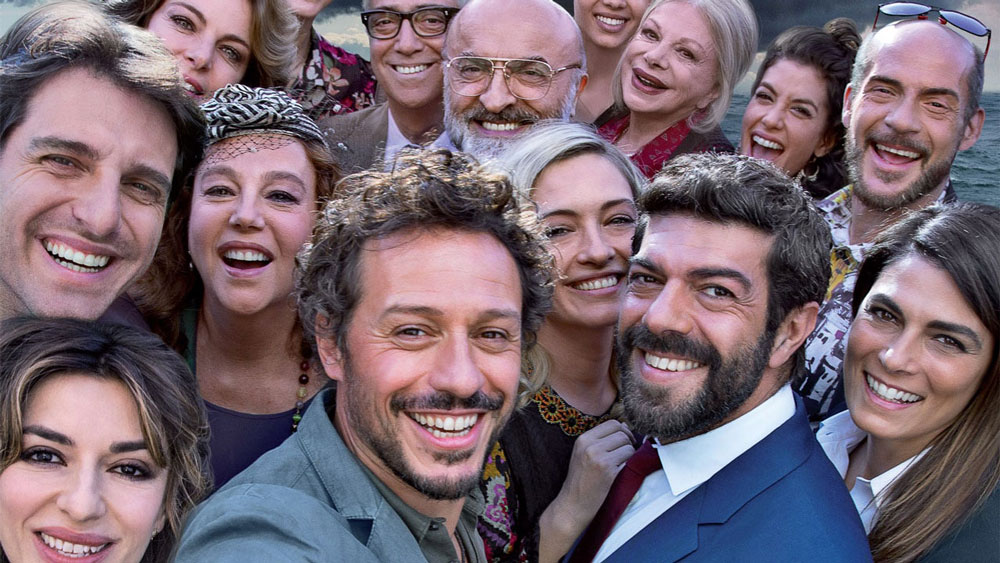 A CASA TUTTI BENE FOTO1 FILM